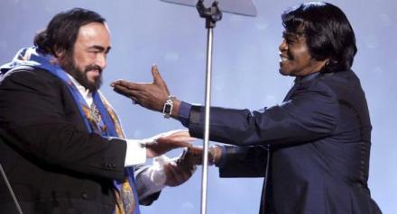 pavarotti_brown_the_best.jpg
