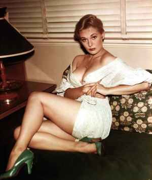 kim_novak_horror_kitsch.jpg
