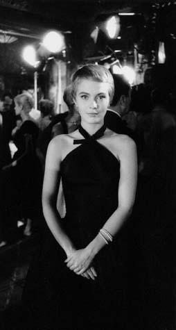 """Jean Seberg no Maxim's Paris, 1957, no filme """"Bonjour Tristesse""""(1958)"""